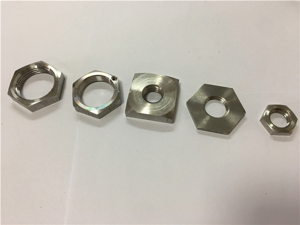 卸売価格の正方形のステンレス鋼のホイールナット